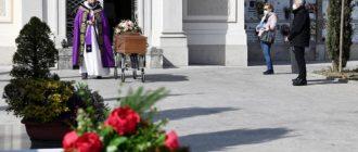 В Италии за день умерли 756 заразившихся COVID-19