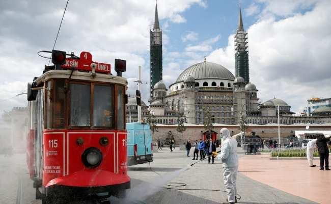 В Турции уже более 101 тыс зараженных коронавирусом