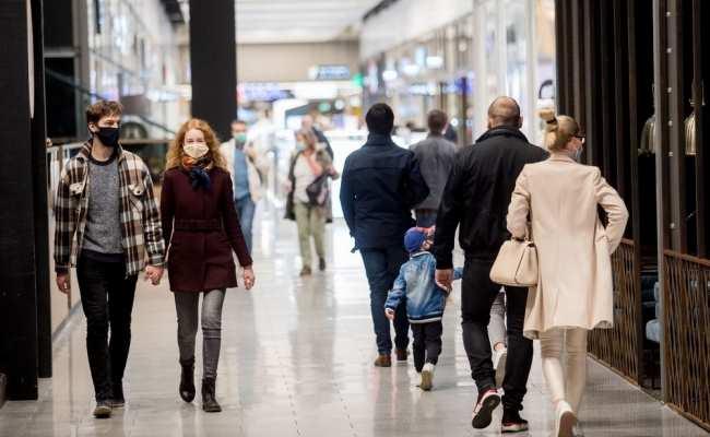 В Латвии уже 858 зараженных коронавирусом
