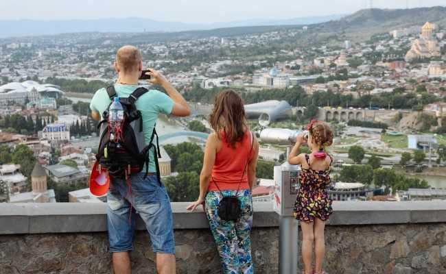 С 1 июля в Грузии ждут туристов из «зеленых» стран