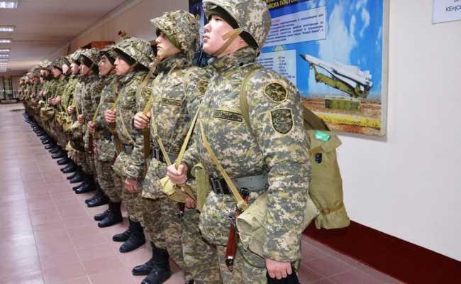 В Казахстане все призывники сдают тест на коронавирус
