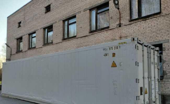 В Питере используют контейнеры рефрижераторы для умерших от коронавируса