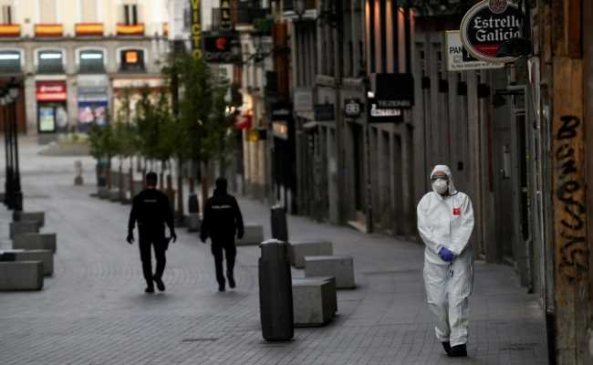 В Испании 27321 умерших от коронавируса