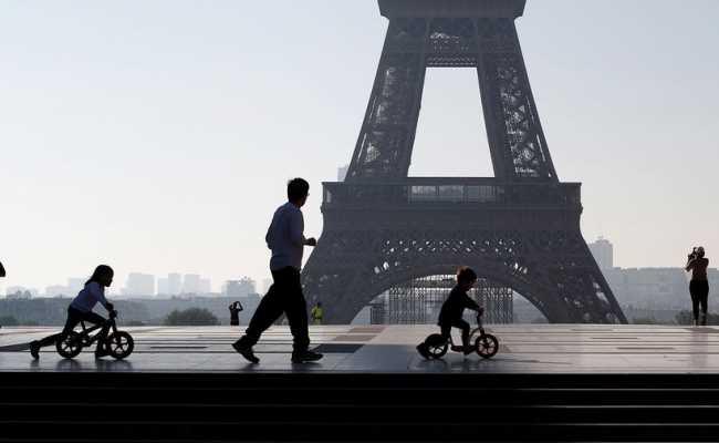 Франция продлила санитарное ЧП до 10 июля