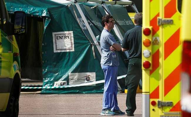В Англии снижается количество умерших от коронавируса