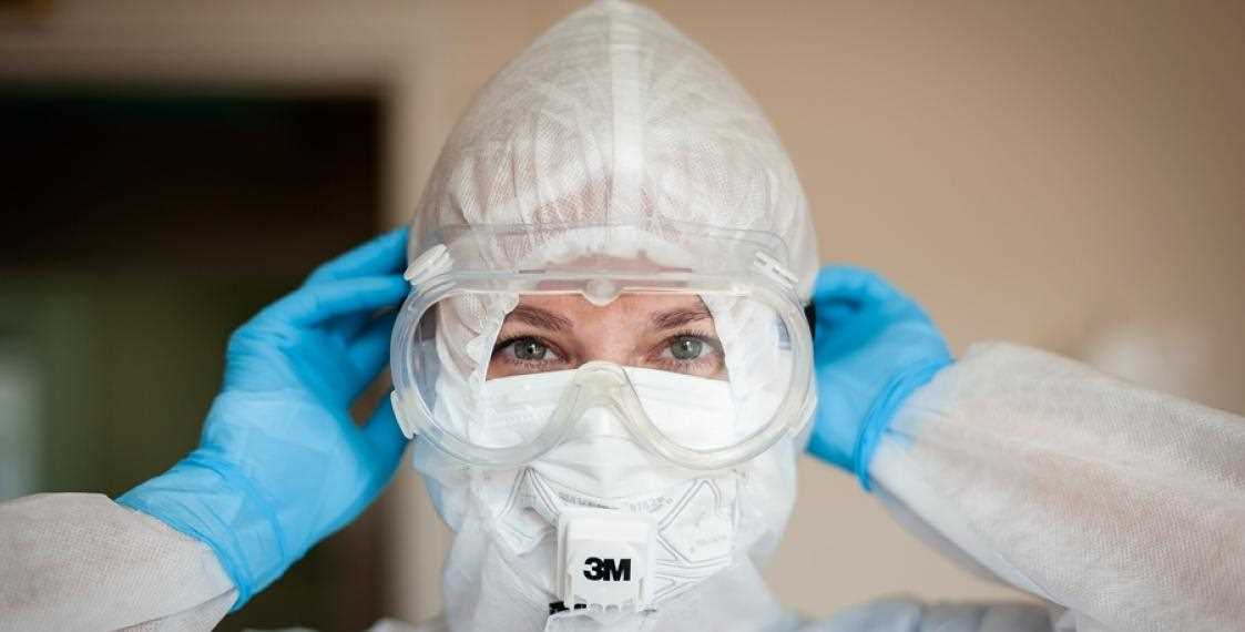 В Беларуси еще 915 новых случаев заражения коронавирусом