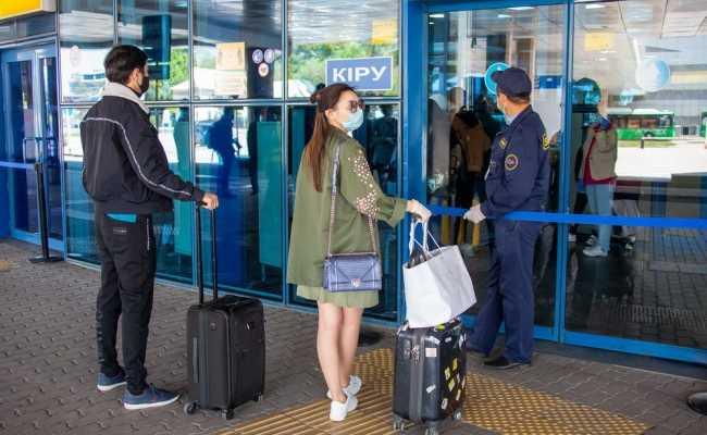 Казахстан возобновляет международное авиасообщение