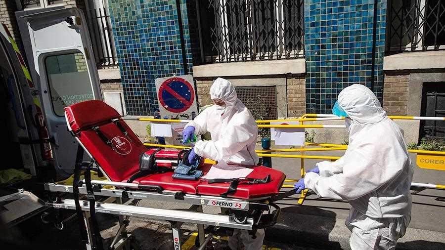 Во Франции от коронавируса скончались более 28 тыс. человек